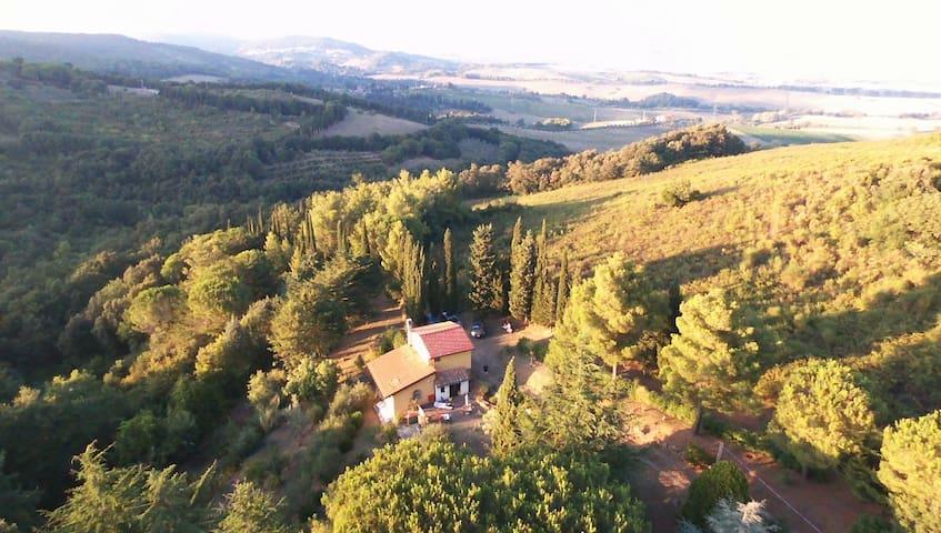 Casa di campagna immersa nel verde - Castelnuovo della Misericordia - Casa