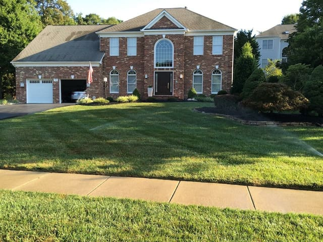 Great location, Ft Belvoir, Pentagon and Andrews - Fairfax Station - Maison