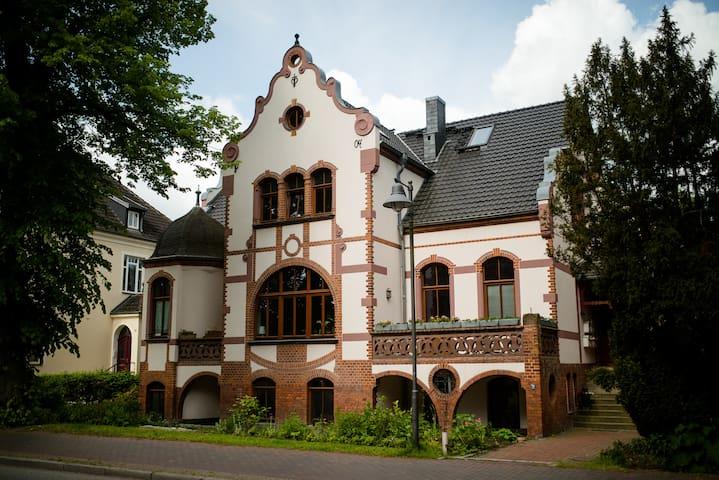 Gemütliches Mini-Studio mit Alkoven in alter Villa - Bad Doberan