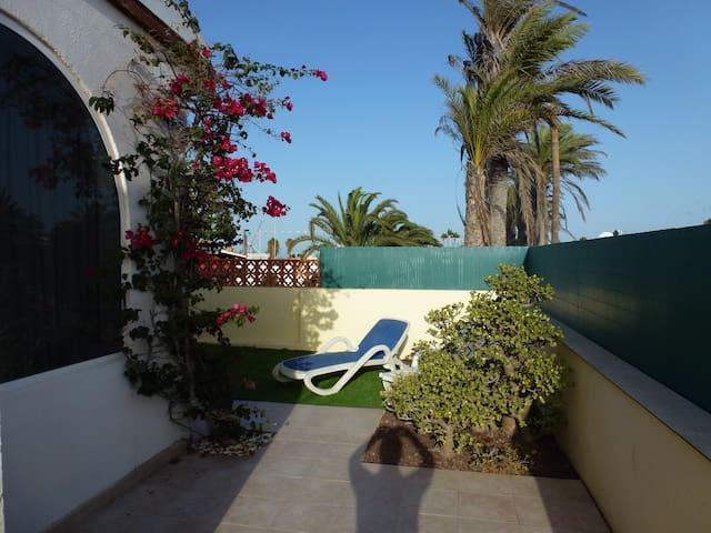Bungalow in perfect location 2 bedrooms - Corralejo - Hus