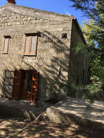 Typical stone house on the Madonie - Petralia Soprana - Maison