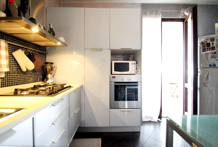 Rilassante appartamento in bifamiliare - Bussolengo - Apartamento