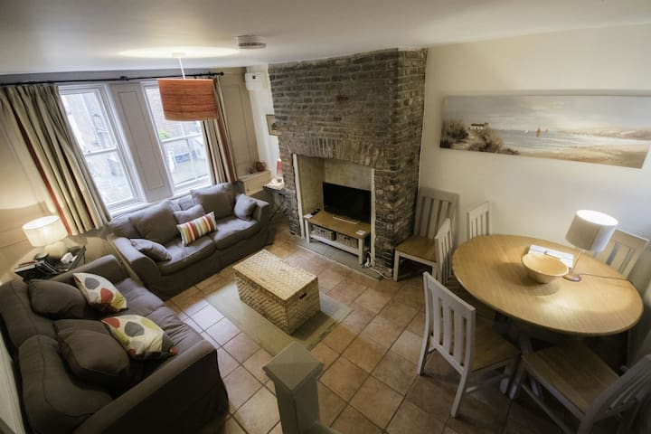 Fishermans cottage with sea view - Whitby - Dom