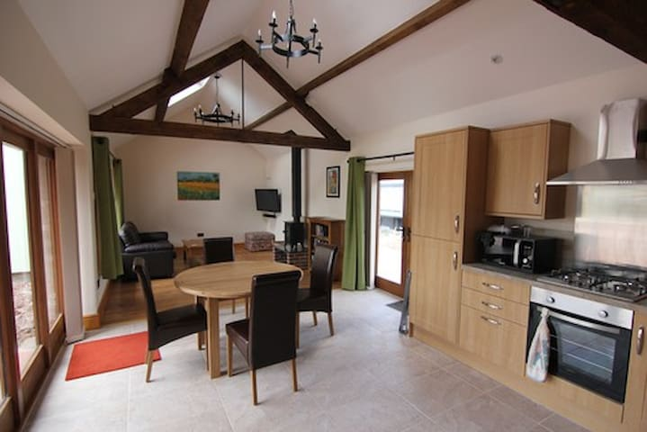 Old Hendre Farm Holiday Let - Monmouth - Huis
