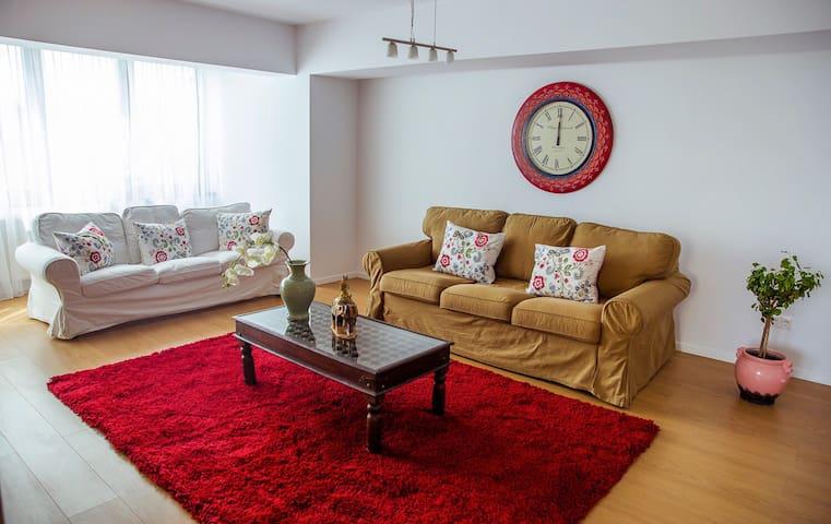 Marble Place 4 - Boekarest - Appartement