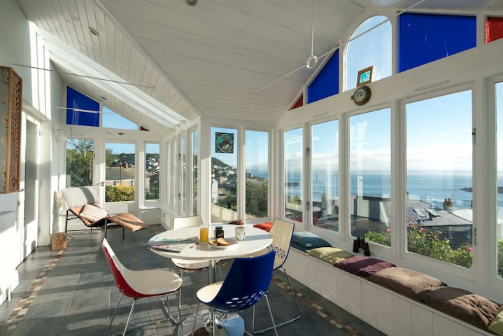 Detached seaside house with panoramic sea views - Mousehole - Casa