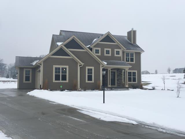 US Open House Rental, 7 miles to Erin Hills - Hartland - Talo