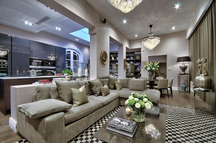 Dream Designer Historic Palazzino - Birkirkara - Huis