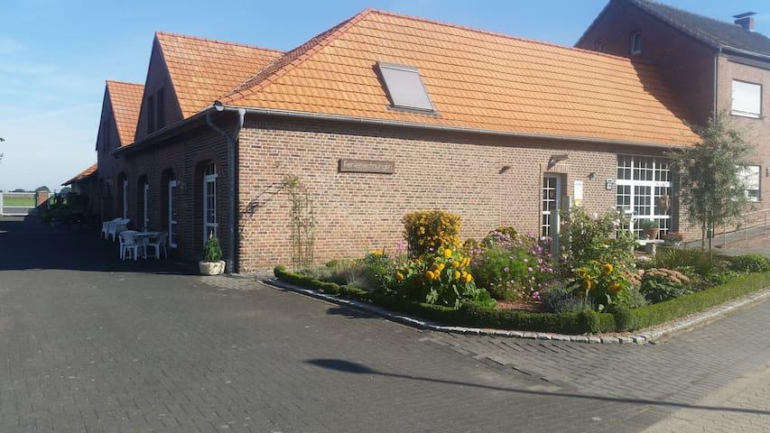 Adrianhof - Wohnung 1 - Brüggen - Appartement en résidence