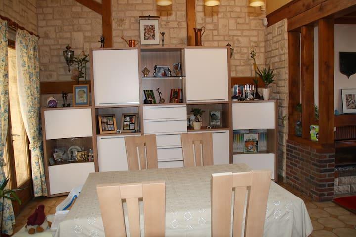 Maison 230 m2 à 15 km d'Amiens - Hailles - Huis