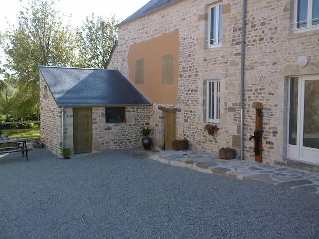 gite de la toscannerie - Saint-Jores - Huis