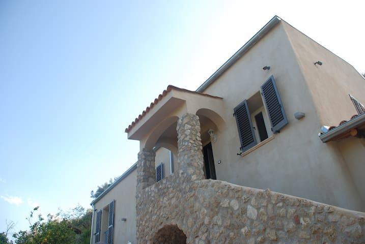 Casa vacanza in prestigioso casale storico. - Gerace - Oda + Kahvaltı