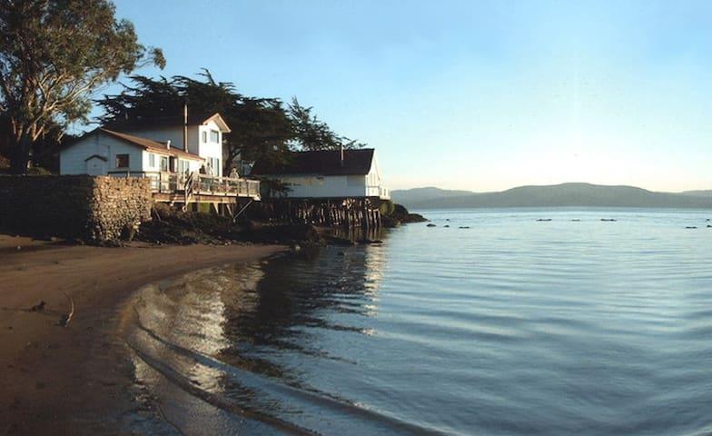 Bleu Bay Beach Cottage at Pt Reyes National Park - Marshall - Rumah