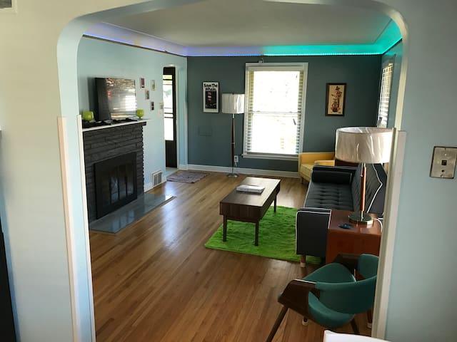 S.W Minneapolis Duplex Armatage Park - Миннеаполис - Дом