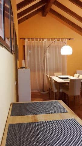 Schöne 2 Zi-Wohnung Nähe Audi - Ingolstadt - Lägenhet