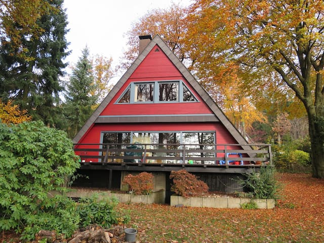 Lovely wooden house with panoramic view - Morsbach - Casa