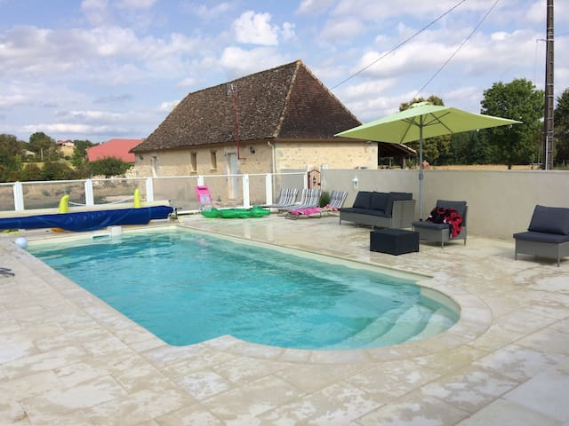 Vakantiehuis(Shelter)in de Périgord - Sainte-Sabine-Born - Huis