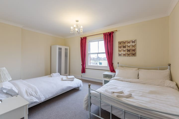 Group accommodation - Bedford - อพาร์ทเมนท์