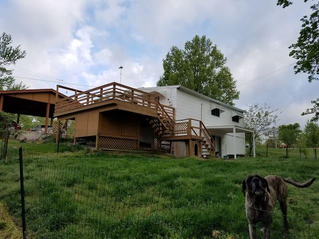 Wine Country - Marthasville - Huis
