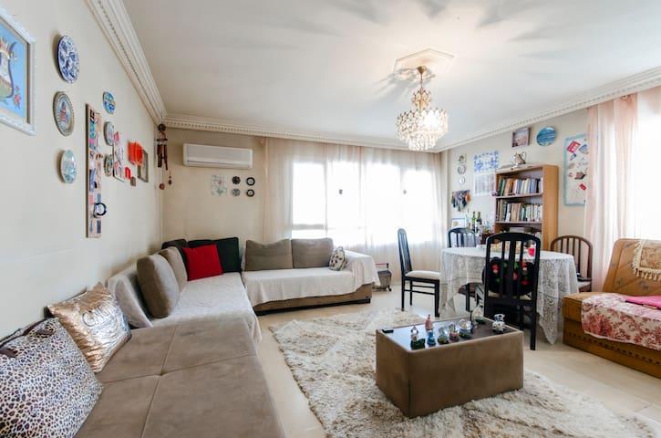 small pretty home - Esmirna - Casa