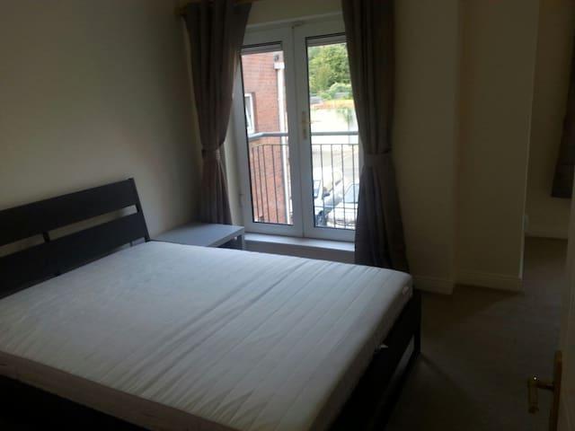 Luxurious Double room(Duplex apt) - Blanchardstown - Leilighet
