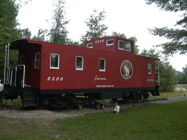 Little Caboose in the North Woods - Lancaster - Tren