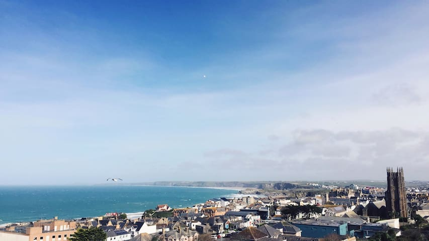Impressive Sea View Apartment with Pool and Gym - Newquay - Appartamento