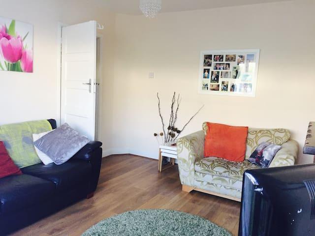 2 bedroom apartment - Ruislip - Leilighet