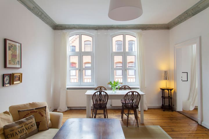 Central and stylish 3-room flat - Hannover - Leilighet
