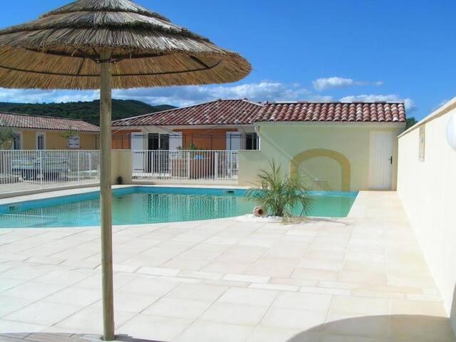 Location Villa indépendante - Vallon-Pont-d'Arc - Lägenhet