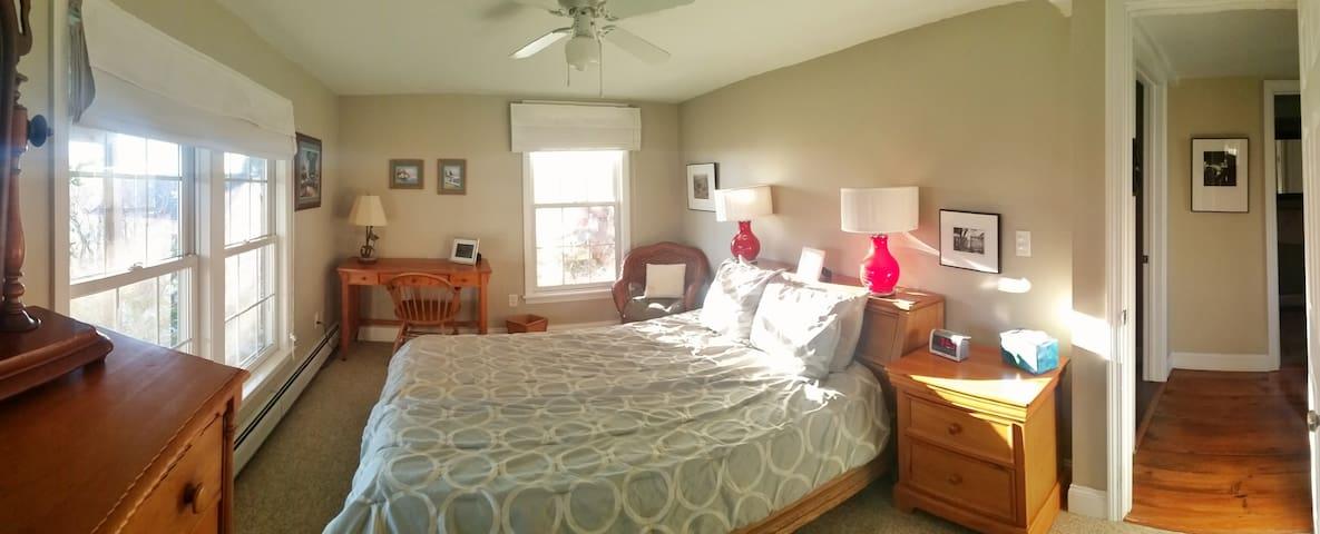 Sunny Apartment in Kittery Foreside - Kittery - Lägenhet
