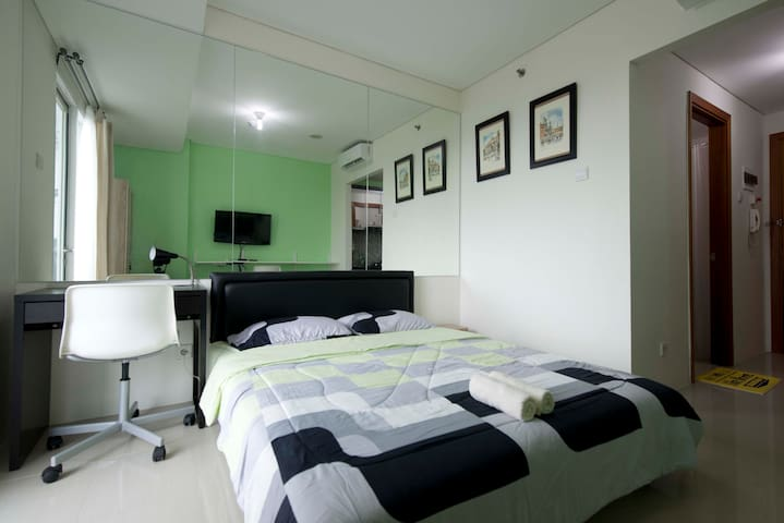 The Cozy Hive - New Apartment in South Jakarta - South Jakarta