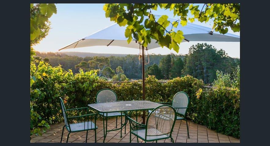 Lake Daylesford Villa 1BR Lakeview Terrace - Дейлсфорд - Гостевой дом