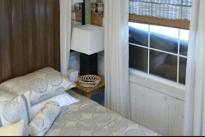 Lakeview Chalet #10 30 minutes from St. Louis - Staunton - Hytte