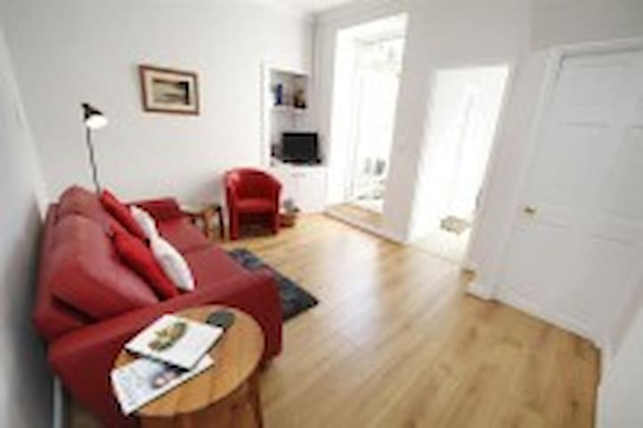 1 Bedroom Flat in Mumbles, Swansea - The Mumbles - Appartement