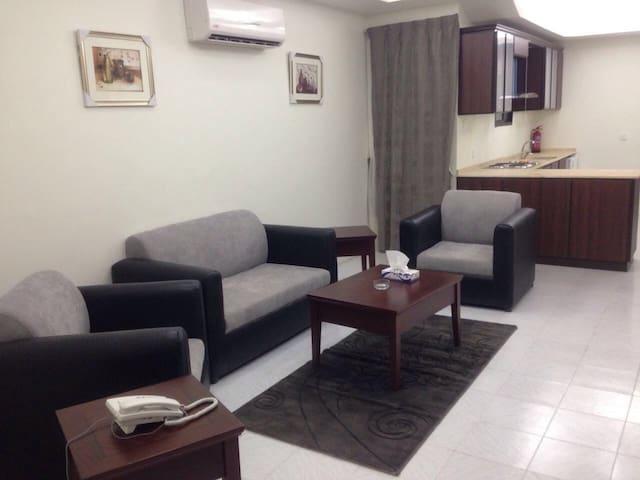 One-Bedroom Furnished Apartment (H) - Yeda - Departamento