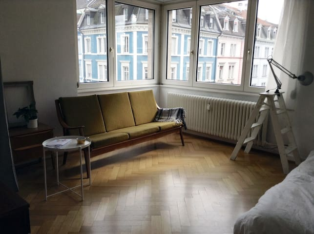 Nice Location! Close to Messe and CityCentre - Bazel - Appartement