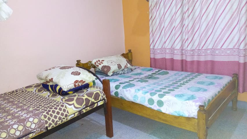 Haven of peace home away from home - Nakuru County - Hus