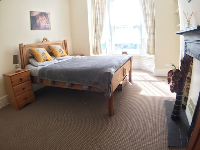 Private room in Southsea - Portsmouth - Casa