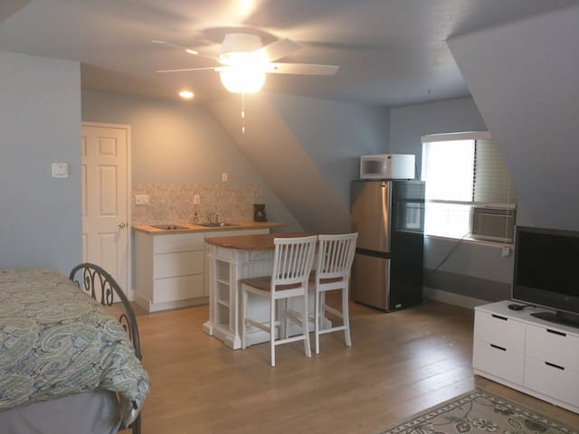 Private Apartment on Storybook Country Estate - Shingle Springs