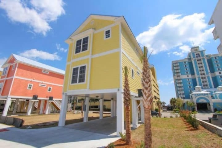 Lovely New 4 Bedroom Home with Ocean View - Myrtle Beach - Hus