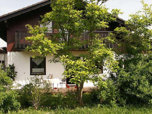 4*FH ,üppige Natur,ruhig und luxuriös mit 3 Bädern - Edertal - Townhouse
