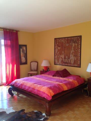 Room with stunning panorama - Viganello - Villa
