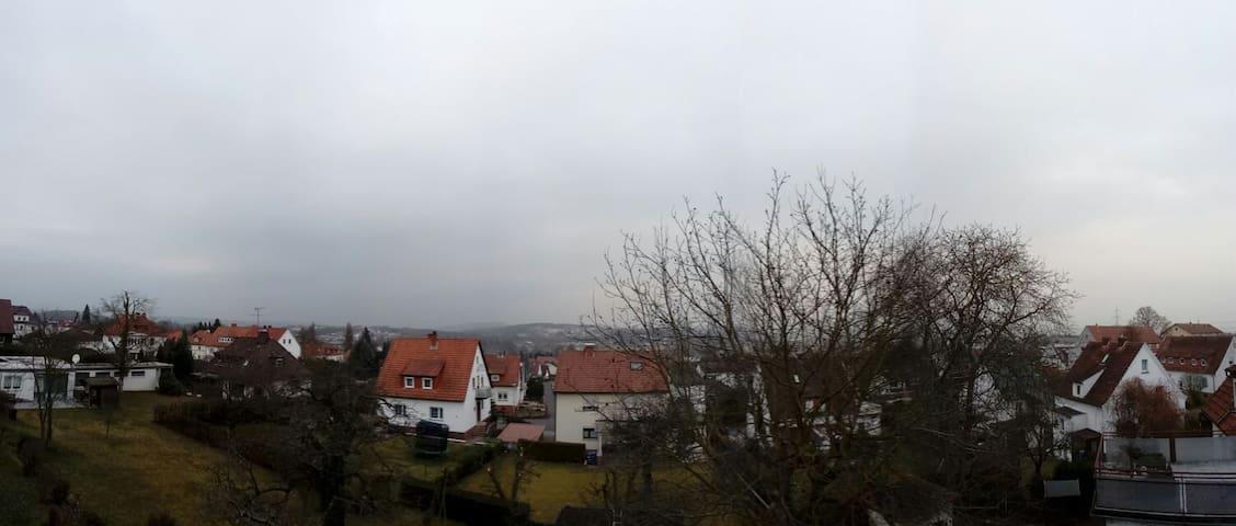 Blick über Schwalmstadt + gratis Fitnessstudio - Schwalmstadt - Huis