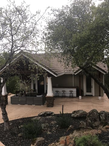 Beautiful Pool House - Chico - Cabana