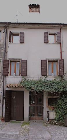 Casa Punto.&,Virgola loc. Turistica - Cison di Valmarino - Appartement