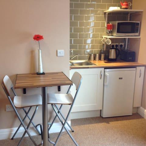 Lovely 1 Bedroom Apartment in Sligo City Centre - Sligo - Leilighet