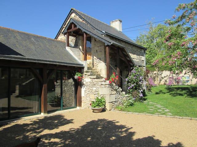 Location Grande Chambre studio indépendante - Brigne