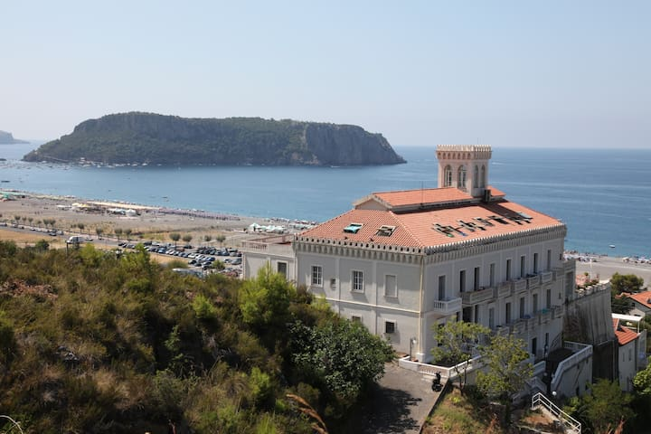 XVI century Fortress with a view - Praia A Mare - Appartement