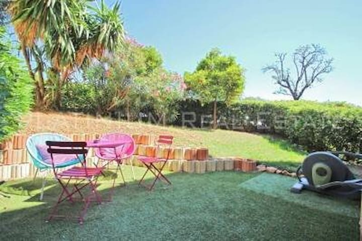 Two rooms swimming pool heart of the village quiet - Saint jean cap ferrât - Wohnung